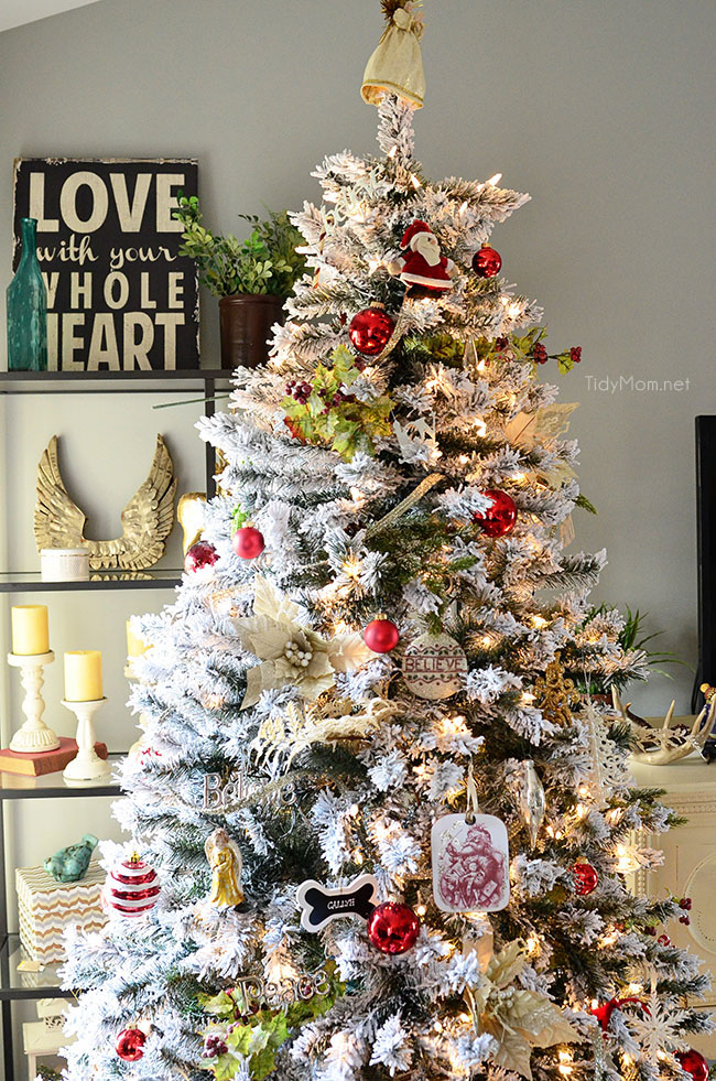 decorated flocked christmas tree at tidymomnet