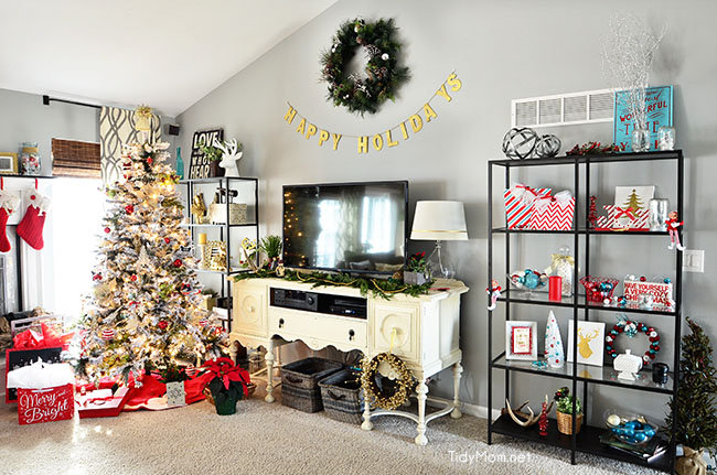 Christmas Home Tour at TidyMom.net