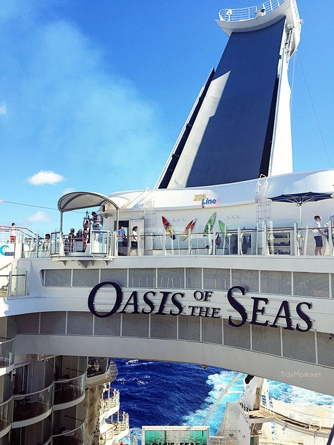 Roayl Caribbean Oasis of the Seas cruise ship image