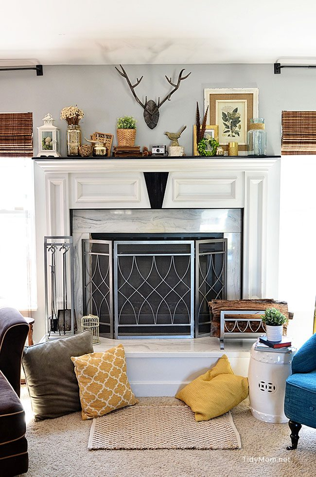 Spring Mantle and Family Room at TidyMomnet