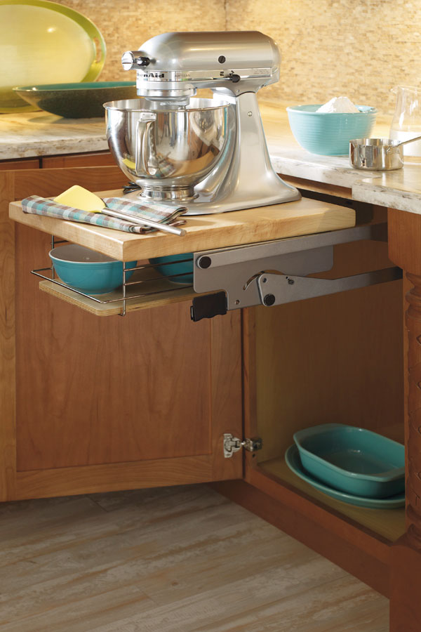 Masterbrand Cabinets Base Mixer cabinet