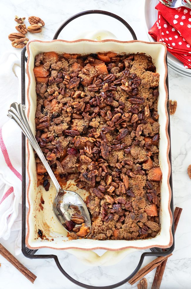 Roasted Sweet Potatoes with Cinnamon Pecan Crunc