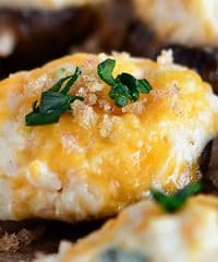 Cheesy Mashed Potato Stuffed Mushrooms with Garlic Brown Butter Breadcrumbs. Appetizer recipe at TidyMom.net