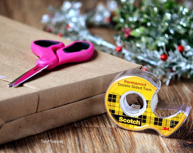 Easy Holiday Gift Wrapping with Scotch-Brand and TidyMom.net