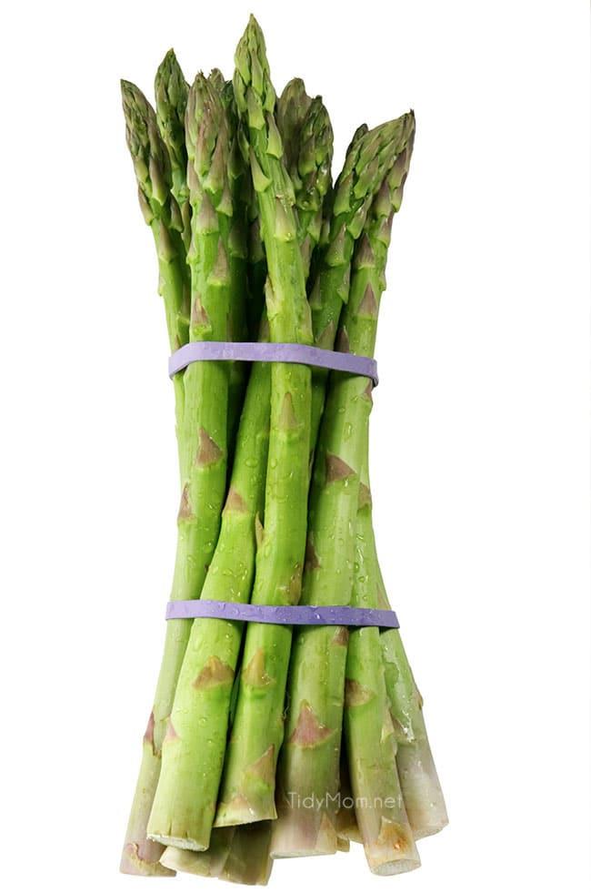 bundle of asparagus spears