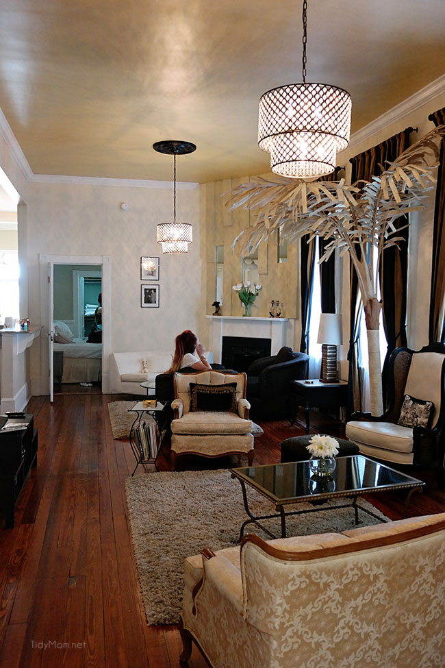 SouthernBelle Vacation Rentals - The Champagne Suite in Historic Savannah, just a few blocks from the river. More Savannah travel, eats and sightseeing at TidyMom.net
