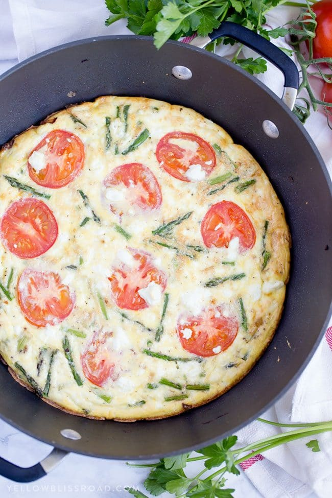 Mother's Day Brunch Meal Plan recipes, printables and decor at TidyMom.net - Asparagus, Tomato and Goat Cheese Frittata recipe