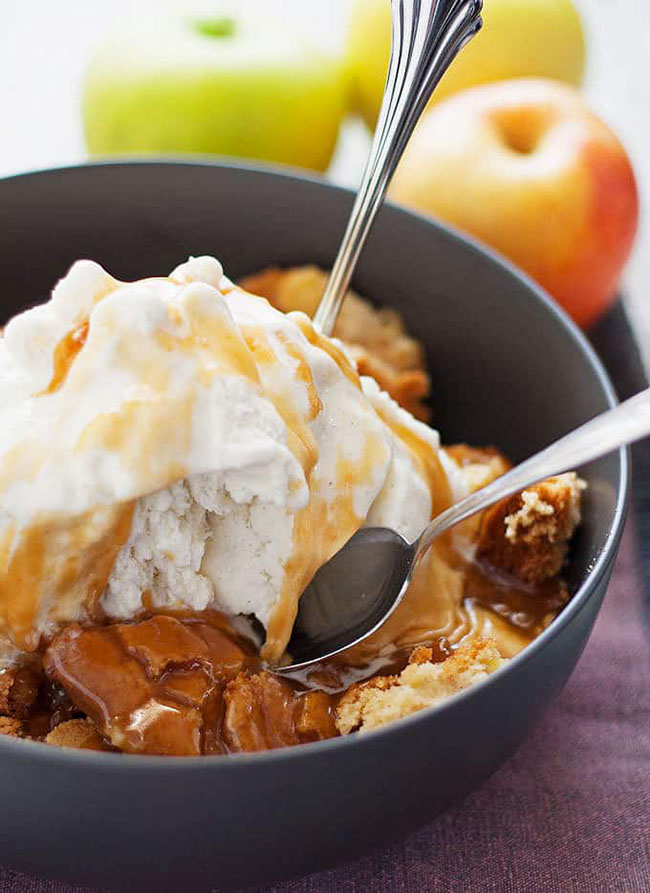 Best Comfort Food Meal Plan. Apple Cake Sundae from Honey & Birch. Get More meal plan recipes, printable and decor at TidyMom.net