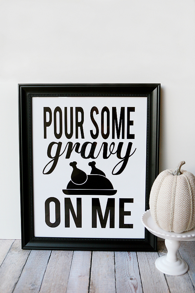 "Best Comfort Food Meal Plan. ""Pour Some Gravy on Me"" free printable from Eighteen25. Get More meal plan recipes, printable and decor at TidyMom.net"