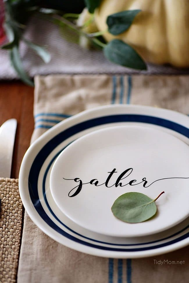 Gather Plate: Seasonal Simplicity Fall Tablescape Fall entertaining. Simple and elegant green and blue fall talbe and fall centerpiece. Get all the details along with 20+ Fall Home Tours at TidyMom.net