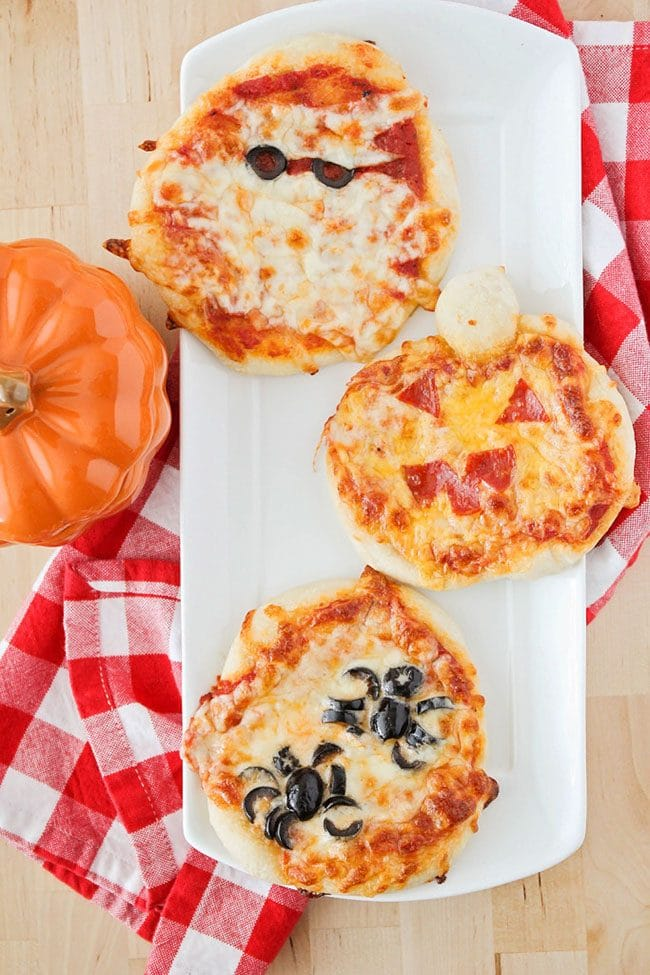 Halloween Mini Pizzas from The Baker Upstairs for Halloween Meal Plan