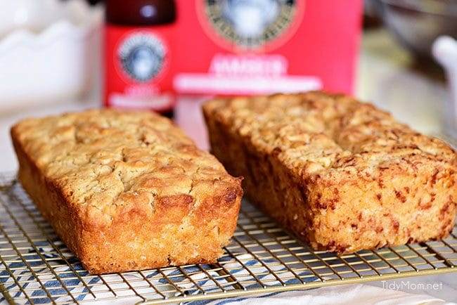 If you enjoy beer bread, you need to try this Hard Apple Cider Bread for fall!! It's super simple to make and the perfect companion to soups, dips and more! Print the full recipe at TidyMom.net