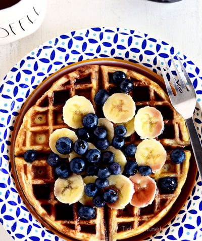 The Secrets you need to know for making PERFECT WAFFLES at home. Get all the details at TidyMom.net