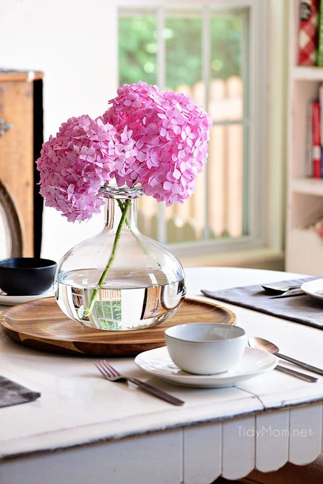 Essential hydrangea care tips to keep your fresh cut hydrangeas looking beautiful longer. You'll be amazed at how long you can make your flowers last! Get the details at TidyMom.net