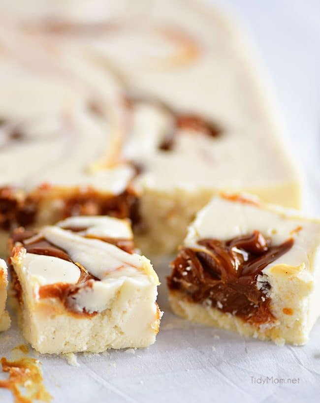 This Baileys Fudge is easy to prepare and turns out super creamy.