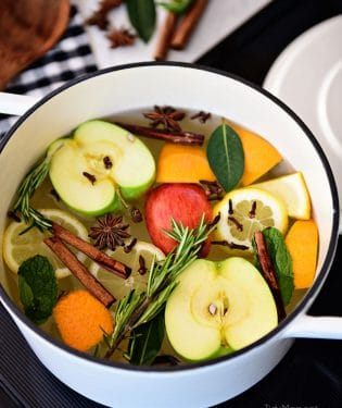 Make your home smell good with easy homemade simmering potpourri