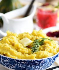 acorn squash mashed potatoes in bowl