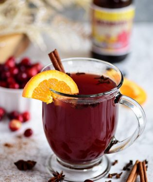 Holiday Cranberry Mulled Ale