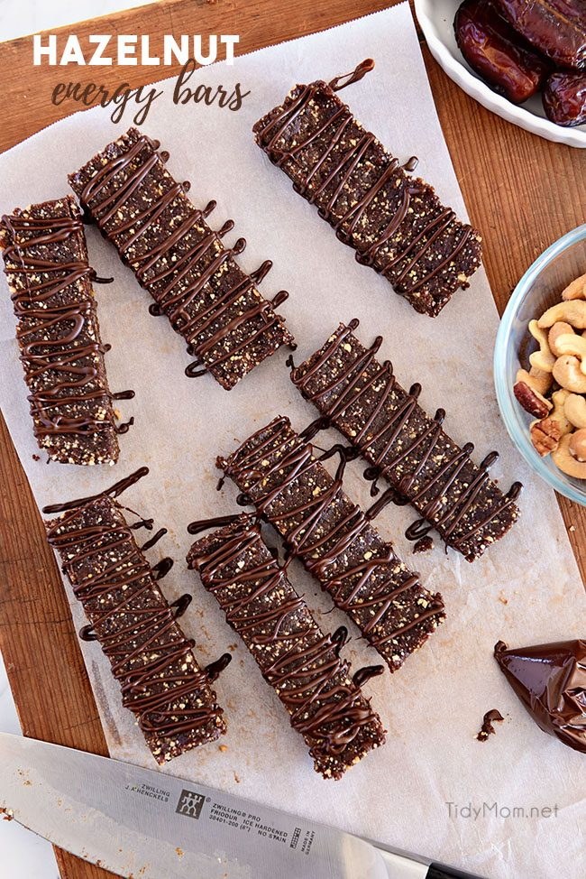 HOMEMADE HAZELNUT ENERGY BARS on cutting board