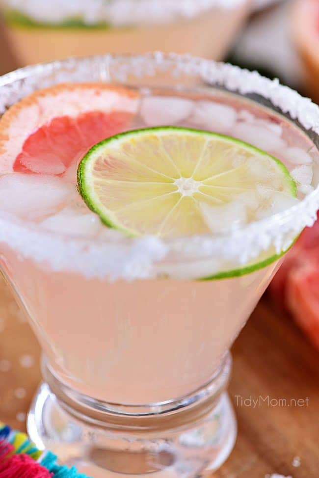 Perfect Paloma Cocktail with lime and grapefruit garnish