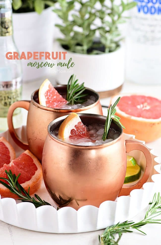 2 Grapefruit Moscow Mule cocktails in copper mugs