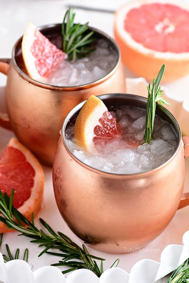 Fresh Grapefruit Moscow Mule cocktail in copper mugs