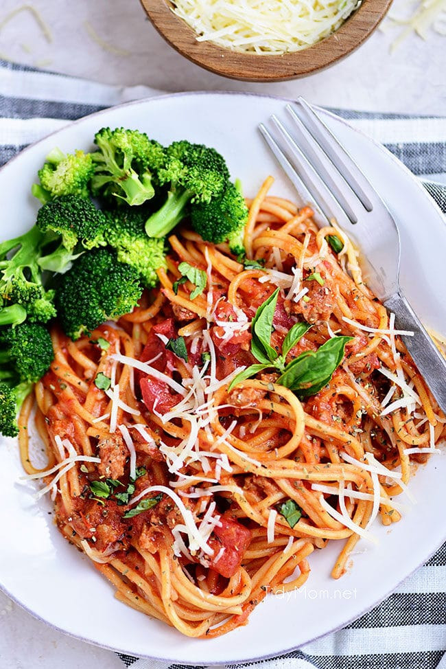 plate of One-Pot Spaghetti with broccoli on the side