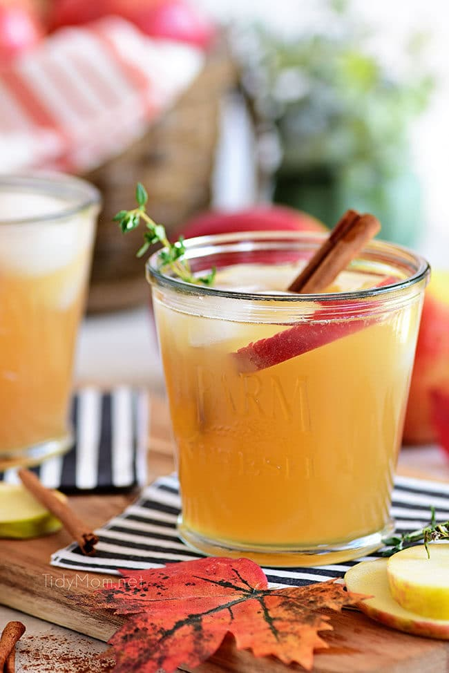 apple cider cocktail with bourbon