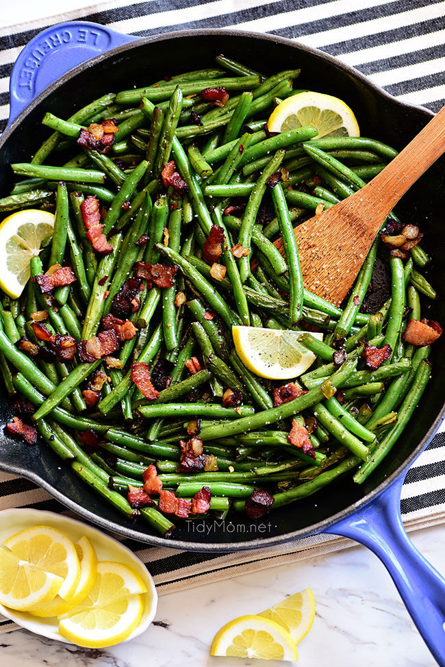 Sautéed Green Beans with bacon in a blue skillet