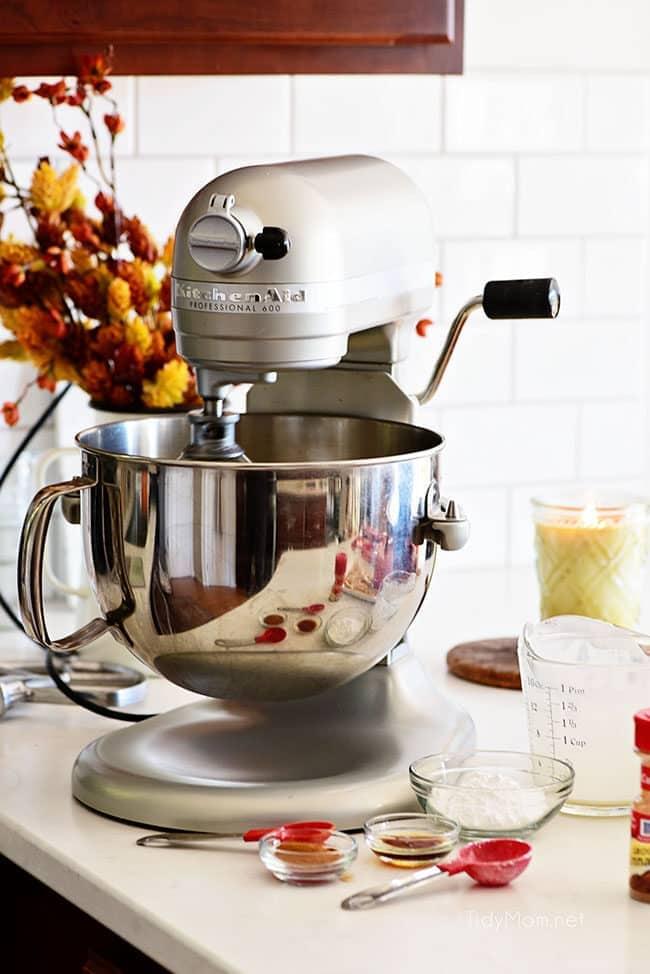 kitchenaid mixer on kitchen counter