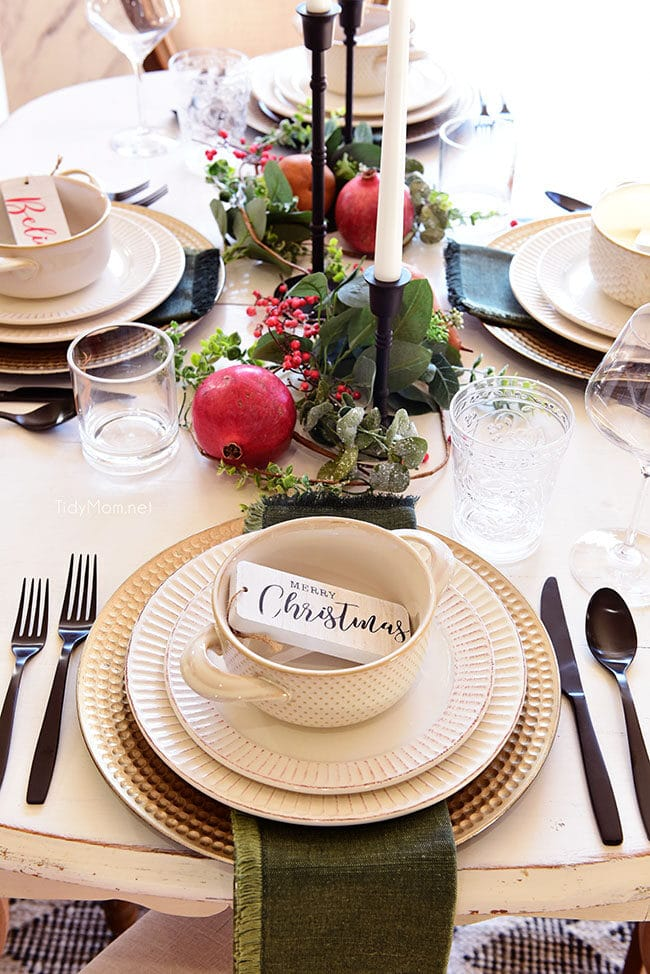 Simple Christmas table placesetting