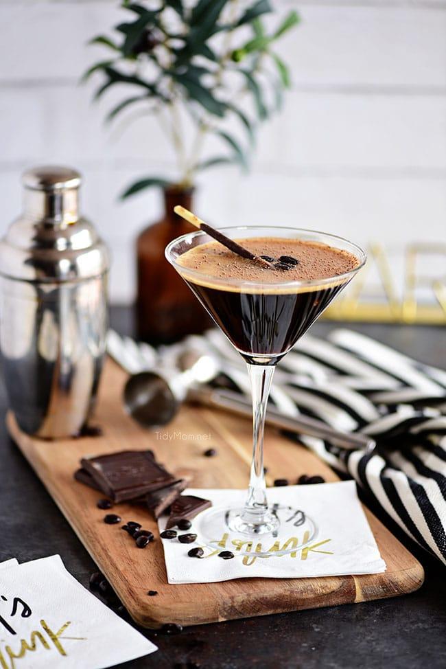 espresso martini with chocolate garnish