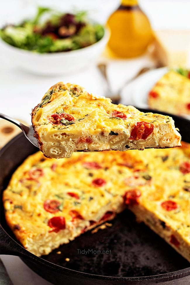 serving of frittata on pie server