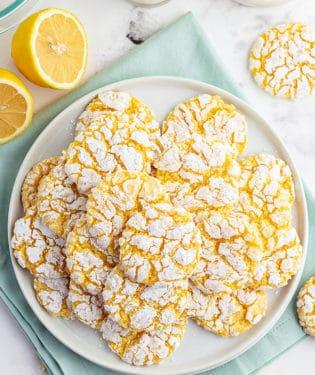 a plate full of lemon cookies