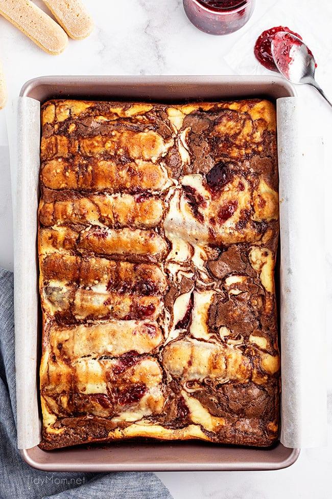 a pan of baked Tiramisu Brownies