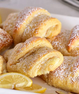lemon cheesecake filled crescent rolls