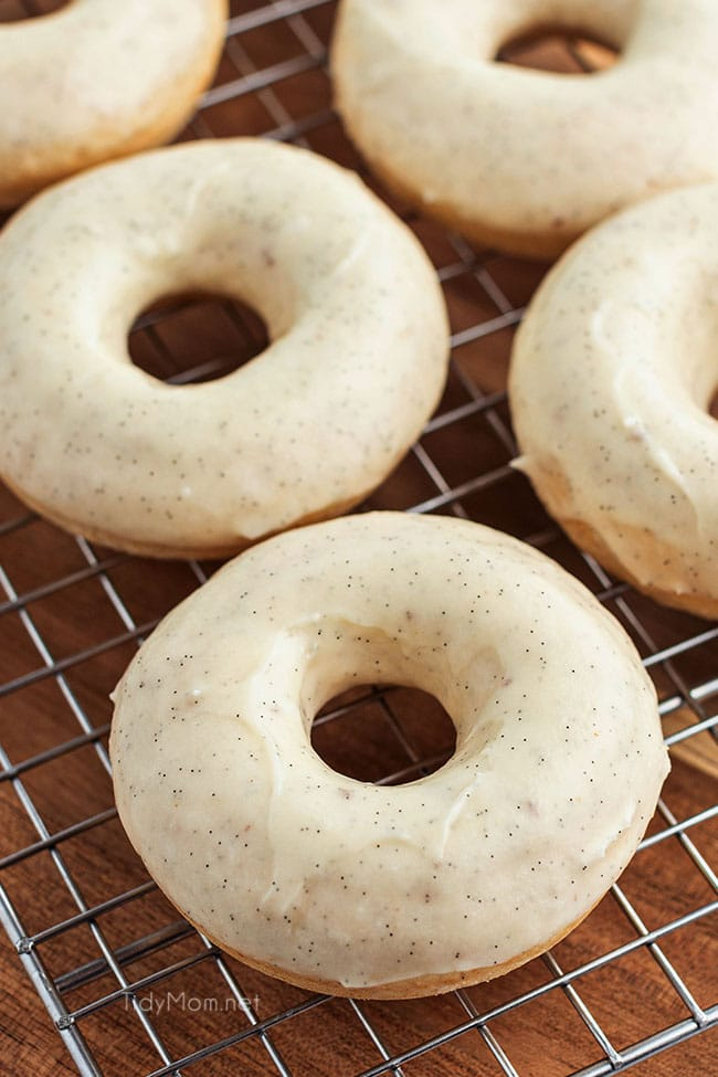 homemade cinnamon donuts on a cooling rack